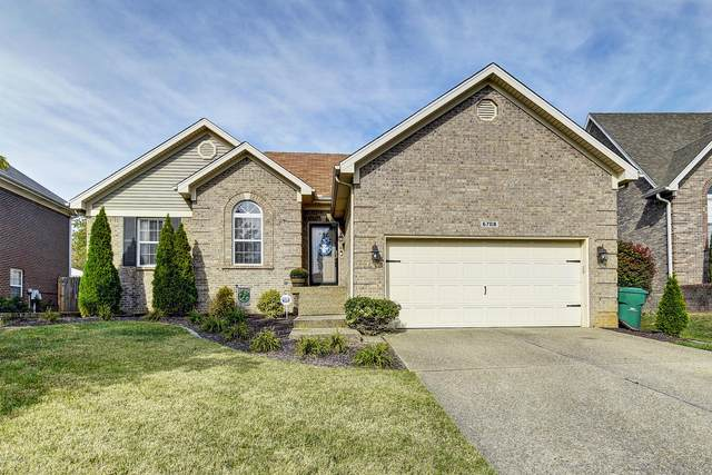 6708 Brighton Springs Ln, Louisville, KY 40291 (#1574245) :: The Sokoler Team