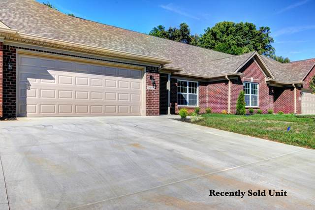 5906 Shepherd Crossing Dr, Louisville, KY 40219 (#1574763) :: The Price Group