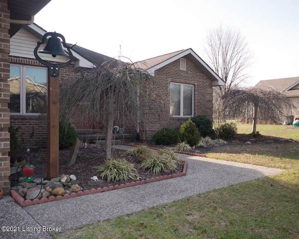 391 N Nicole Ln, Scottsburg, IN 47170 (#1576617) :: At Home In Louisville Real Estate Group