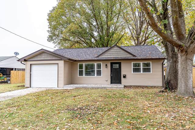7105 Betsy Ross Dr, Louisville, KY 40272 (#1576804) :: Impact Homes Group