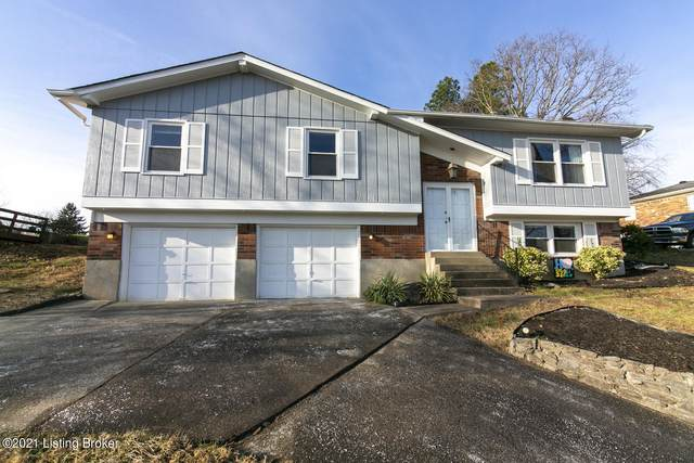2711 Windsor Forest Dr, Louisville, KY 40272 (#1577709) :: The Stiller Group