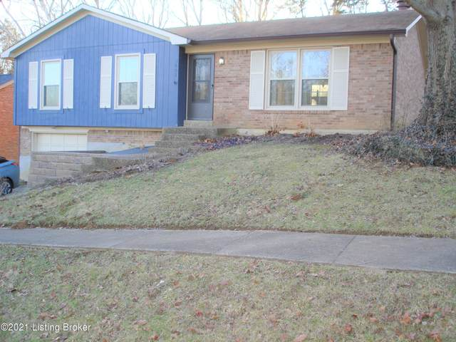 5602 Wooded Lake Dr, Louisville, KY 40299 (#1577729) :: The Stiller Group