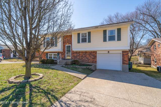 8306 Cloverport Dr, Louisville, KY 40228 (#1580291) :: Impact Homes Group