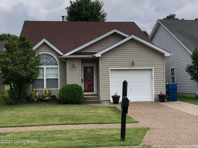 10412 Pinoak View Dr, Louisville, KY 40299 (#1581404) :: Team Panella