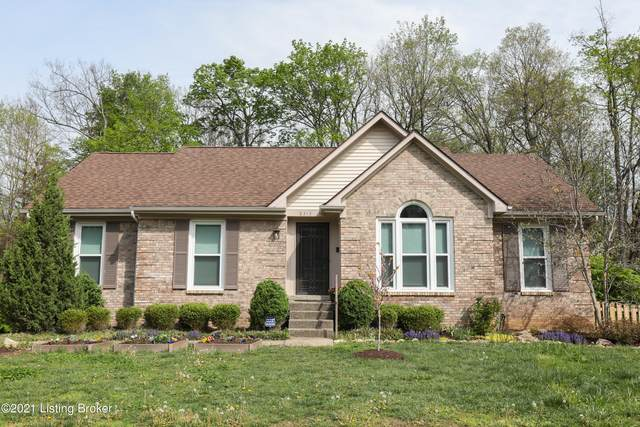 8313 Lacevine Rd, Louisville, KY 40220 (#1583369) :: The Stiller Group
