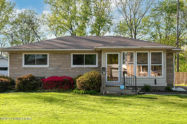 3304 Carrie Dr, Louisville, KY 40216 (#1583635) :: Team Panella