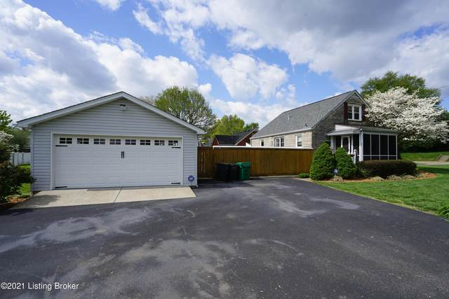 4901 Ranchland Dr, Louisville, KY 40216 (#1584046) :: Team Panella