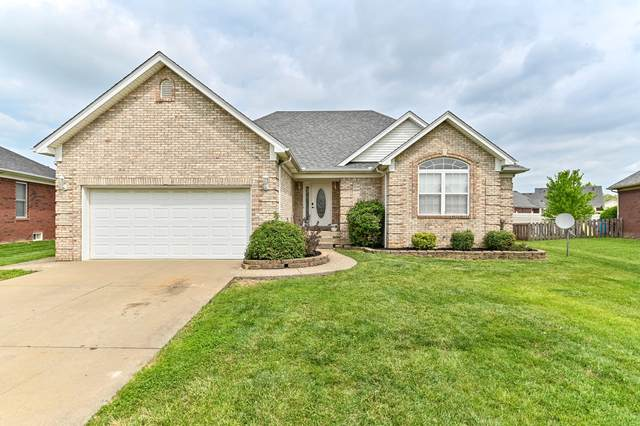 132 Bentwood Dr, Shepherdsville, KY 40165 (#1584691) :: The Stiller Group