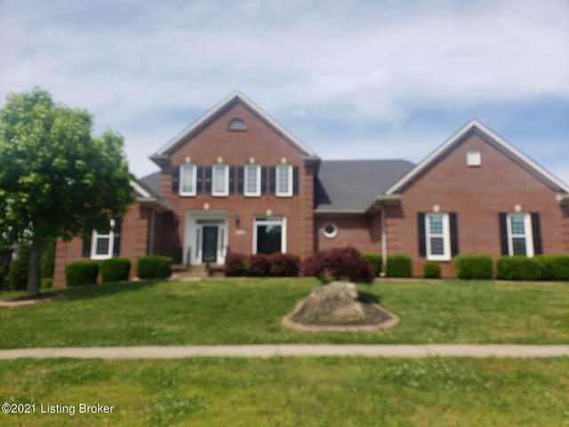 7915 Hall Farm Dr, Louisville, KY 40291 (#1586457) :: The Rhonda Roberts Team