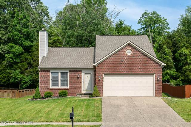9819 Indian Falls Dr, Louisville, KY 40229 (#1586613) :: At Home In Louisville Real Estate Group