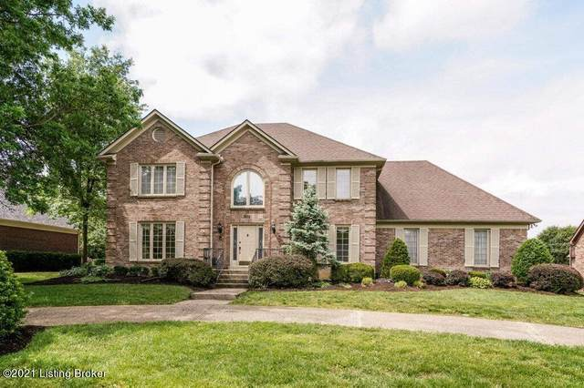 802 Oxmoor Woods Pkwy, Louisville, KY 40222 (#1586799) :: The Price Group