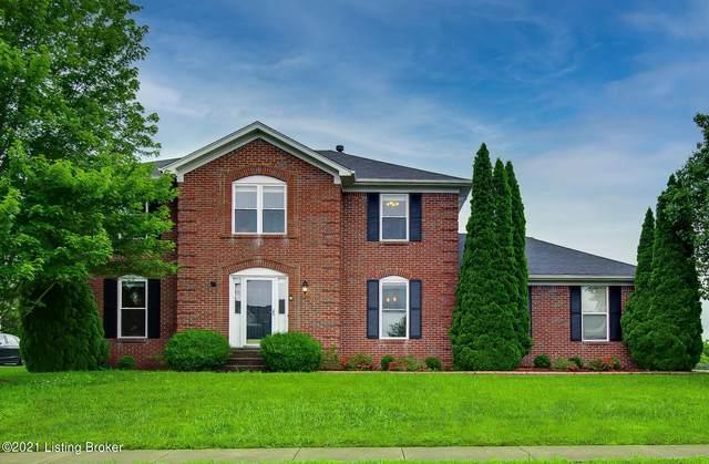 4421 Chenwood Ln, Louisville, KY 40299 (#1588066) :: The Rhonda Roberts Team