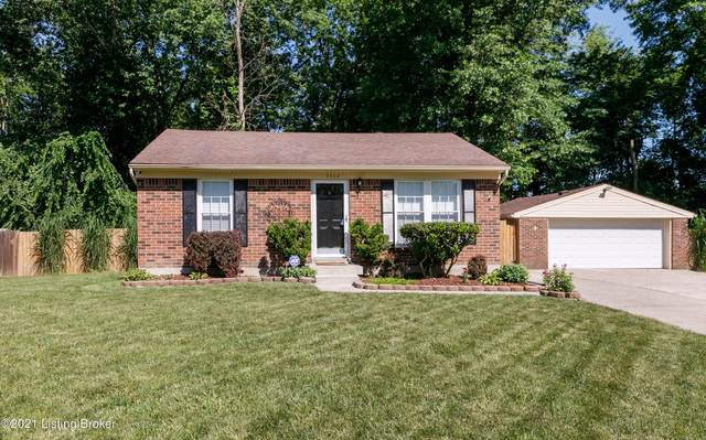 9302 Balance Ln, Fairdale, KY 40118 (#1588497) :: At Home In Louisville Real Estate Group