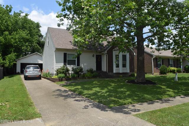 9813 Stanalouise Drive, Louisville, KY 40291 (#1588796) :: The Rhonda Roberts Team