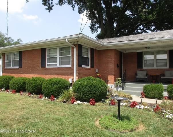 4100 Estate Dr, Louisville, KY 40216 (#1592838) :: The Sokoler Team