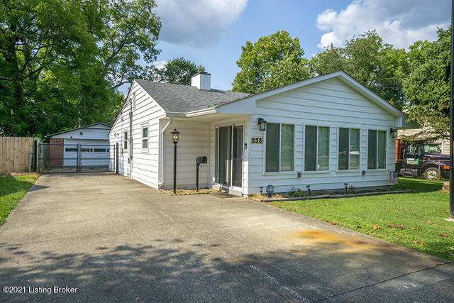 238 Derby Ave, Louisville, KY 40218 (#1596078) :: Herg Group Impact