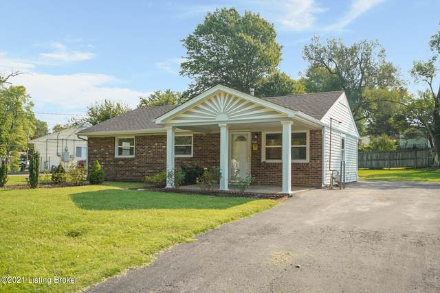 4818 Andalusia Ln, Louisville, KY 40272 (#1596418) :: Herg Group Impact
