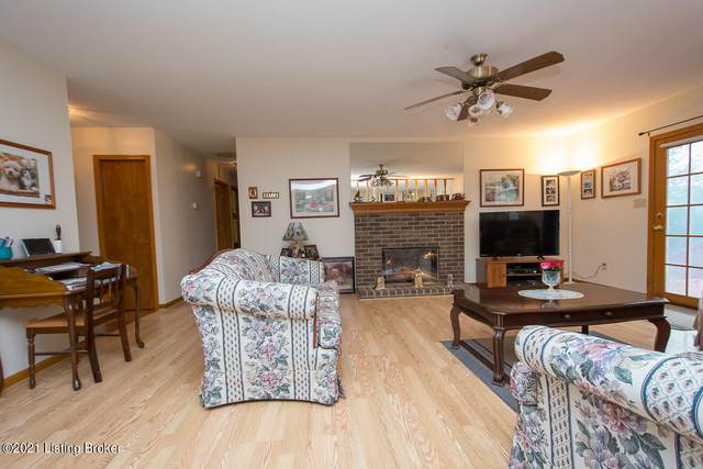 12506 Ledges Dr, Louisville, KY 40243 (#1596829) :: At Home In Louisville Real Estate Group