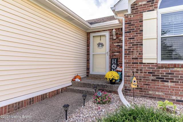 1302 Oak Ridge Ct, Simpsonville, KY 40067 (#1598004) :: Trish Ford Real Estate Team   Keller Williams Realty