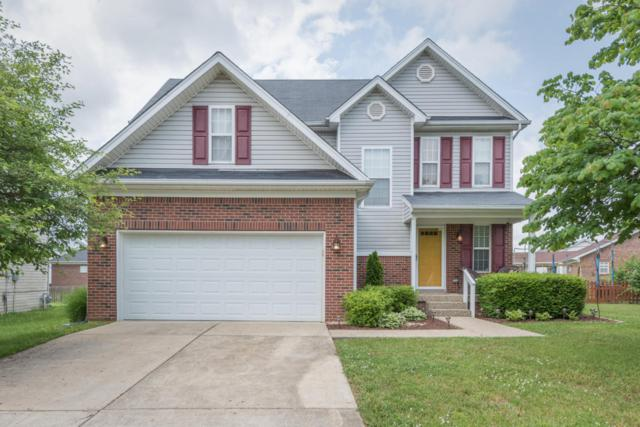 7002 Black Walnut Cir, Louisville, KY 40229 (#1504094) :: The Elizabeth Monarch Group