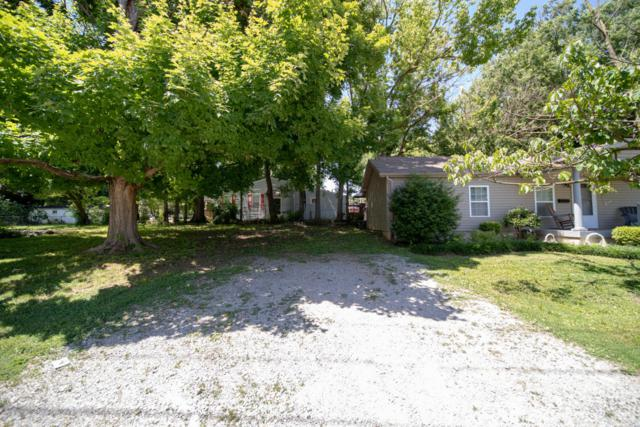 1527 Lincoln Ave, Louisville, KY 40213 (#1505142) :: Segrest Group