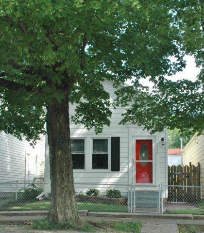 1210 Payne St, Louisville, KY 40204 (#1505546) :: The Stiller Group