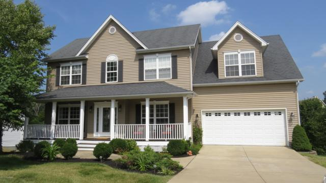 511 Talbott Blvd, La Grange, KY 40031 (#1512816) :: Segrest Group