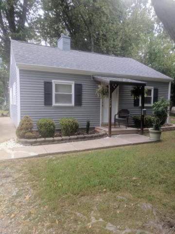 204 Bonnie Ln, Louisville, KY 40218 (#1516569) :: At Home In Louisville Real Estate Group