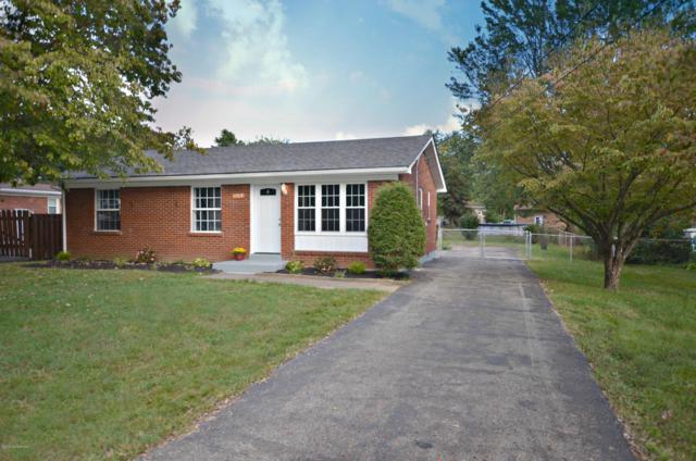10905 Deering Rd, Louisville, KY 40272 (#1516837) :: The Elizabeth Monarch Group