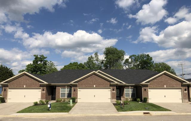8127 Delta Cir, Louisville, KY 40228 (#1526548) :: Keller Williams Louisville East