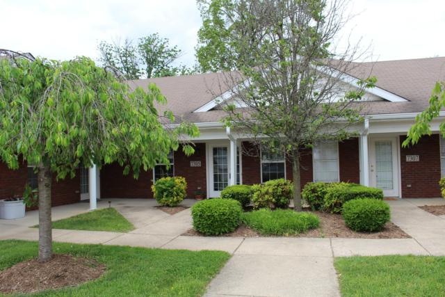 7305 Fox Hollow Way, Louisville, KY 40228 (#1530796) :: Team Panella
