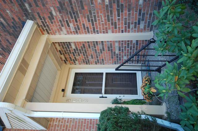 8608 Birch Ct, Louisville, KY 40242 (#1572960) :: At Home In Louisville Real Estate Group