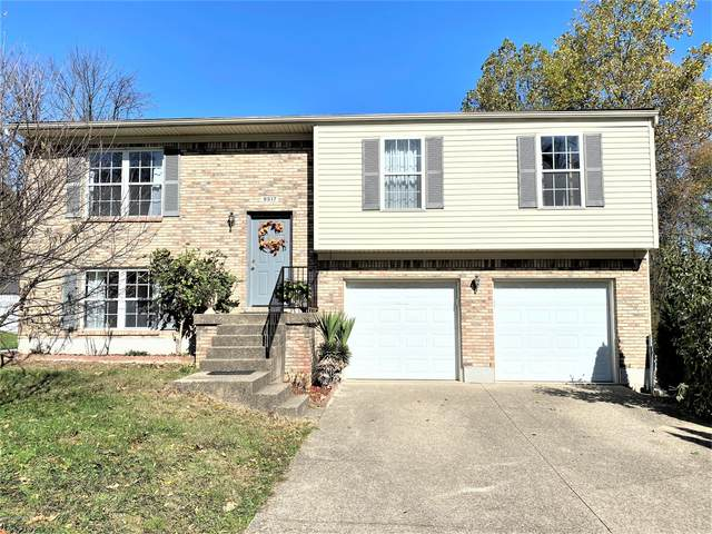 9517 Plumwood Rd, Louisville, KY 40291 (#1573179) :: The Price Group