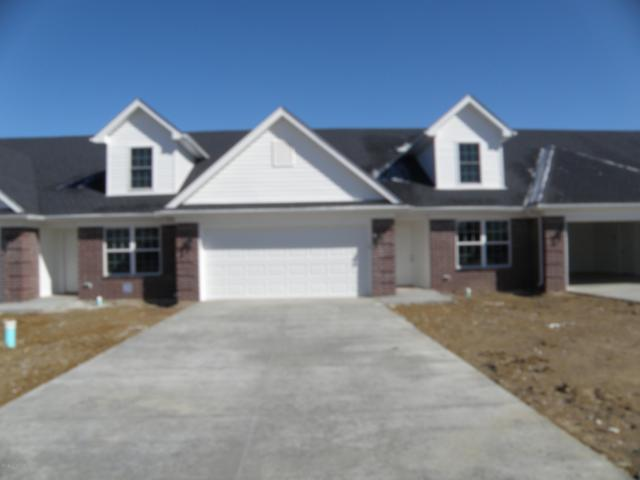 6639 Woods Mill Dr, Louisville, KY 40272 (#1507890) :: The Price Group