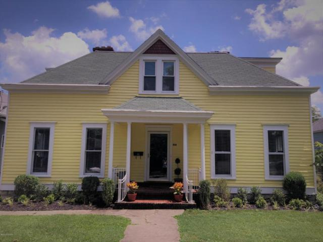 105 N Bayly Ave, Louisville, KY 40206 (#1507915) :: The Sokoler-Medley Team