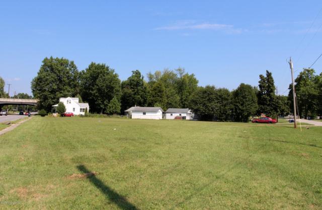 3001 Crums Ln, Louisville, KY 40216 (#1482914) :: Segrest Group