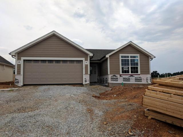 10932 Pheasant Hill Cir, Louisville, KY 40229 (#1500968) :: The Stiller Group