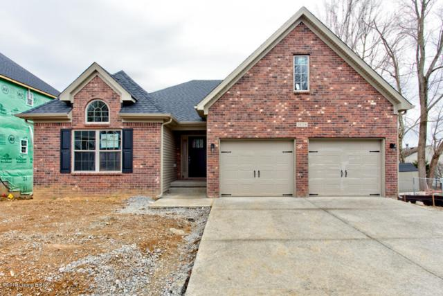 10218 Park Lake Dr, Louisville, KY 40229 (#1511808) :: At Home In Louisville Real Estate Group
