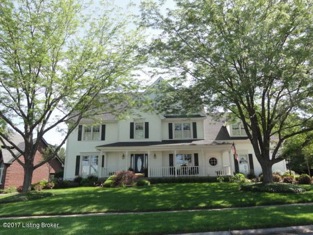 15019 Forest Oaks Dr, Louisville, KY 40245 (#1483052) :: Team Panella