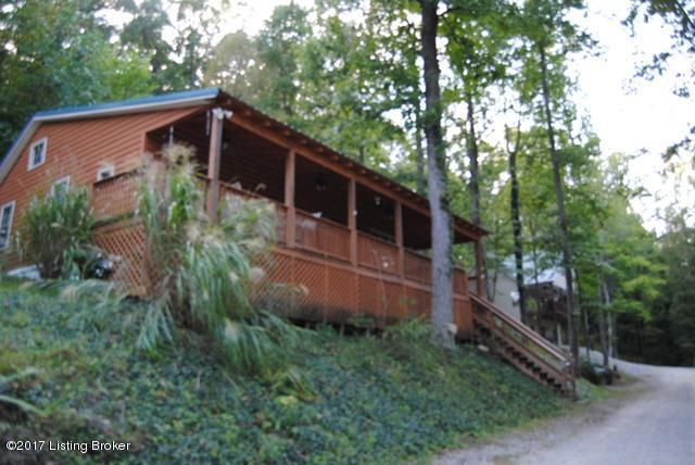 515 Willow Ln, Bee Springs, KY 42207 (#1485381) :: Segrest Group