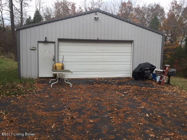 395 Glory Rd, Shepherdsville, KY 40165 (#1490685) :: The Sokoler-Medley Team