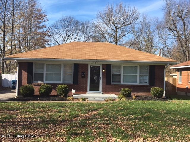 4422 Lynnview Dr, Louisville, KY 40216 (#1491192) :: Segrest Group