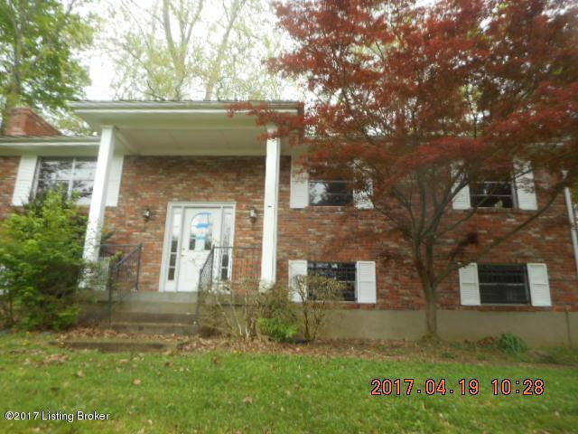 5215 Cool Brook Rd, Louisville, KY 40291 (#1492167) :: The Stiller Group