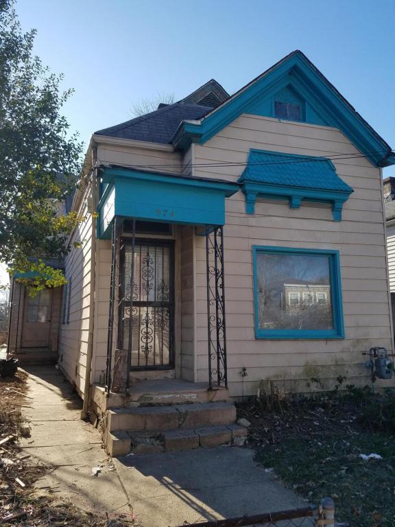 974 Goss Ave, Louisville, KY 40217 (#1493780) :: Team Panella
