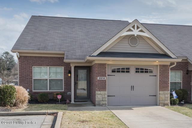 3914 Saint Edwards Dr, Jeffersontown, KY 40299 (#1496187) :: The Stiller Group