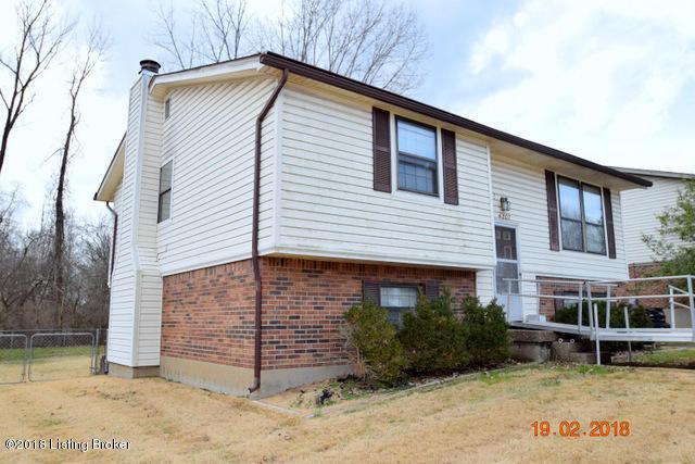 4207 Glen Hill Manor Dr, Louisville, KY 40272 (#1496188) :: The Stiller Group