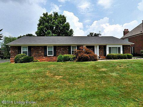 8813 Nottingham Pkwy, Louisville, KY 40222 (#1498294) :: The Sokoler-Medley Team