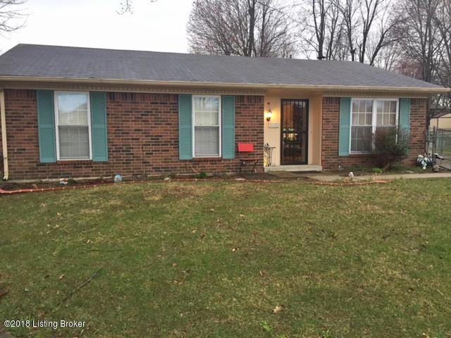 10805 Corbin Ct, Louisville, KY 40229 (#1498474) :: The Sokoler-Medley Team