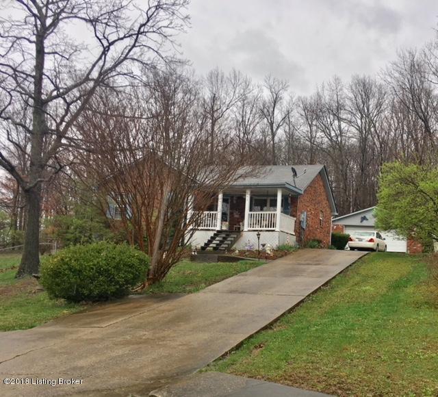 803 Taper Ct, Louisville, KY 40214 (#1499248) :: Team Panella