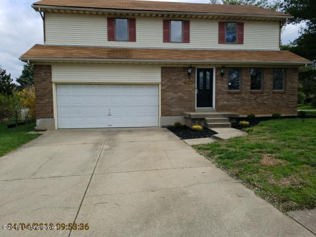 9025 Green Garden Ct, Jeffersontown, KY 40220 (#1499745) :: Team Panella